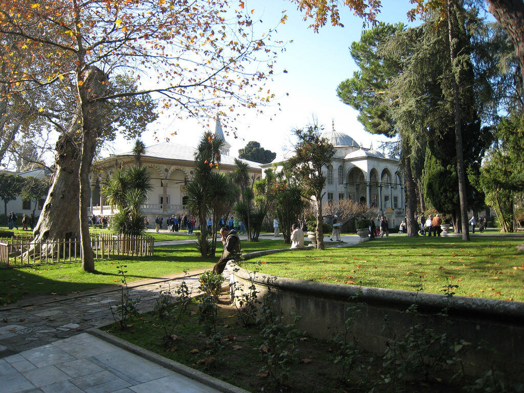 Третий двор, Двор Эндерун