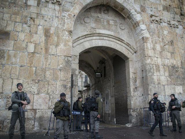 В Израиле закрыли Храмовую гору для мужчин