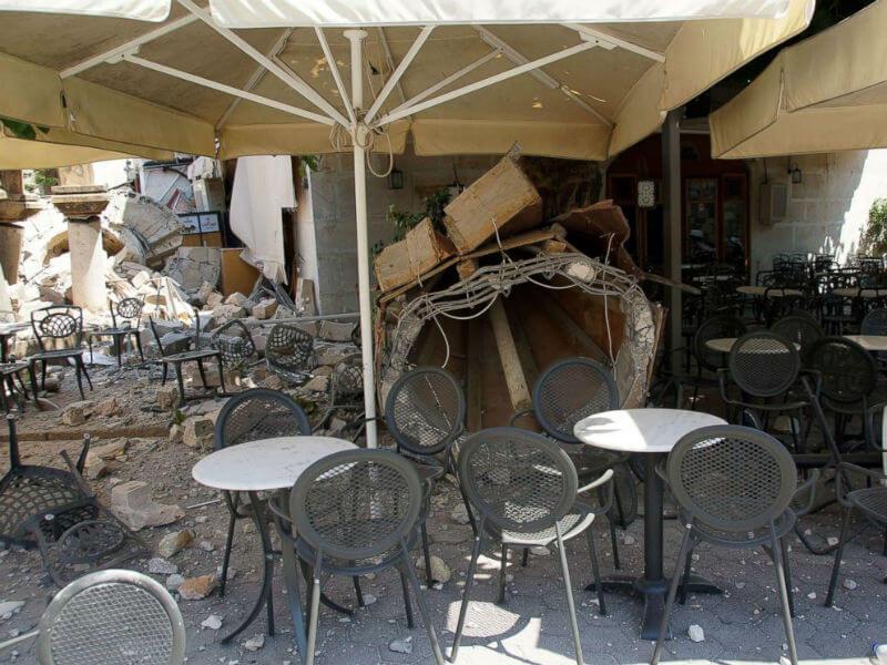 Землетрясение туристов не испугало
