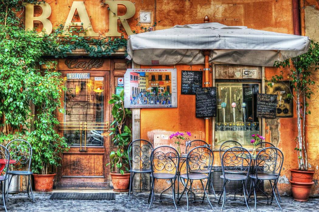 Бар в Италии