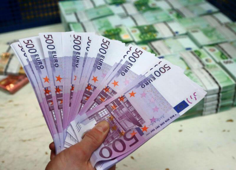 Франция в лидерах по фальшивым деньгам