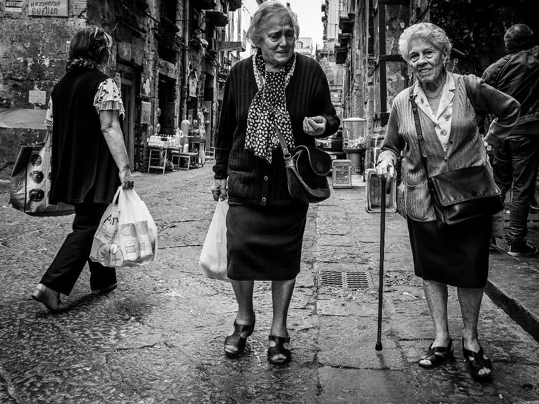 Пожилые женщины в Италии. Фотограф Mario Mancuso, Flickr
