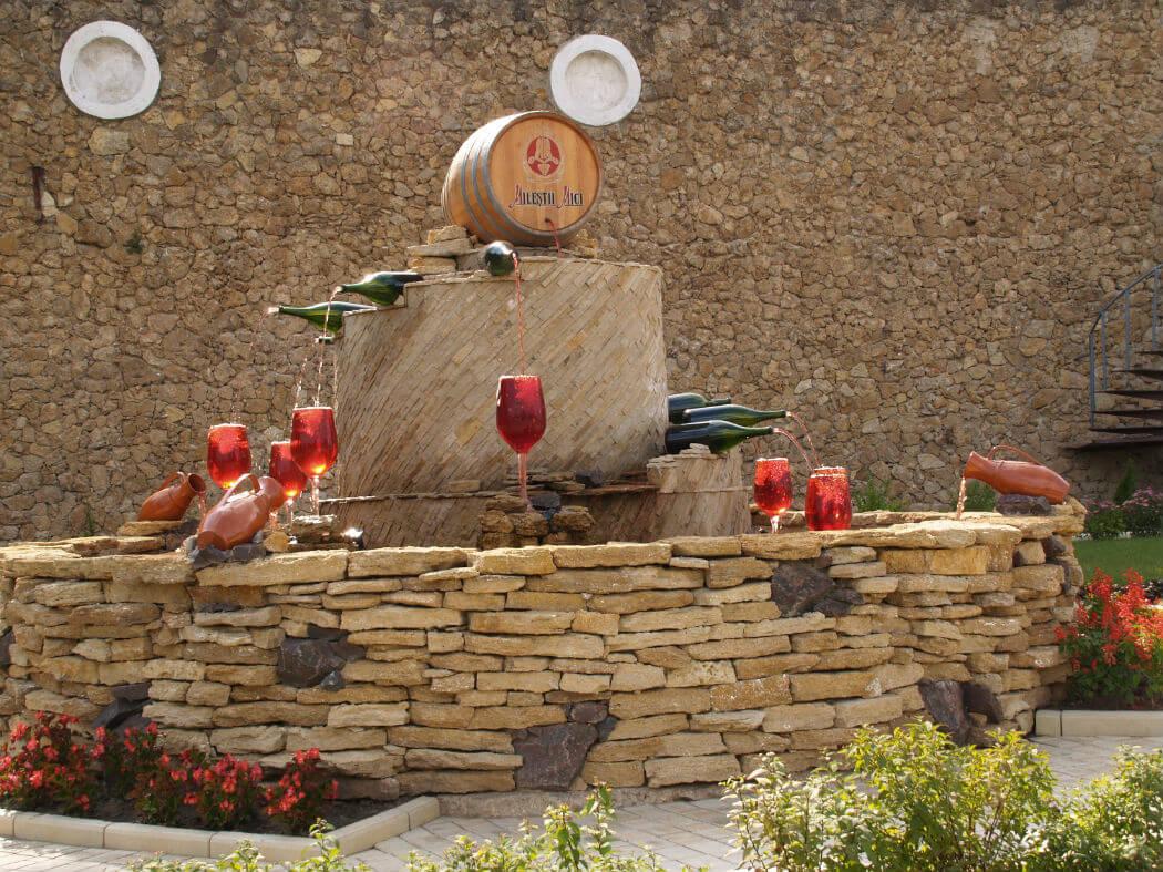 Винные погреба в Милештий Мичь. Фото Dave Proffer