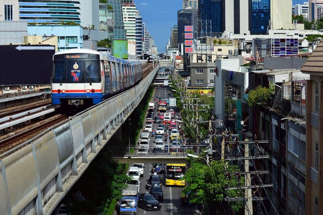 Наземный транспорт. Метро Бангкока BTS Skytrain