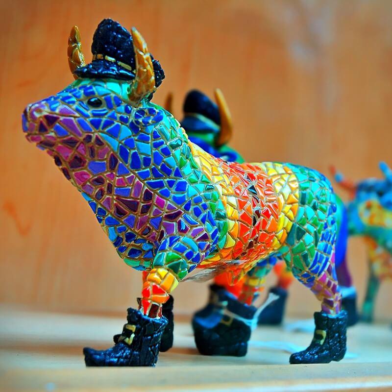 Фарфоровый бык из Испании