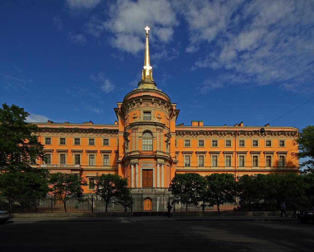 Михайловский замок, Петербург