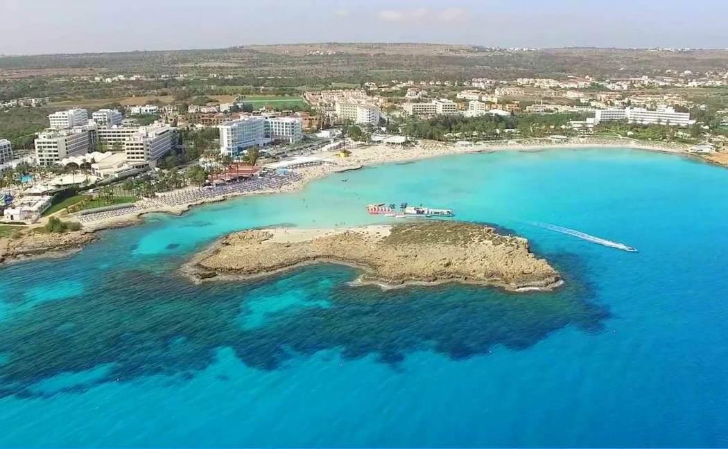 Нисси Бич, Кипр