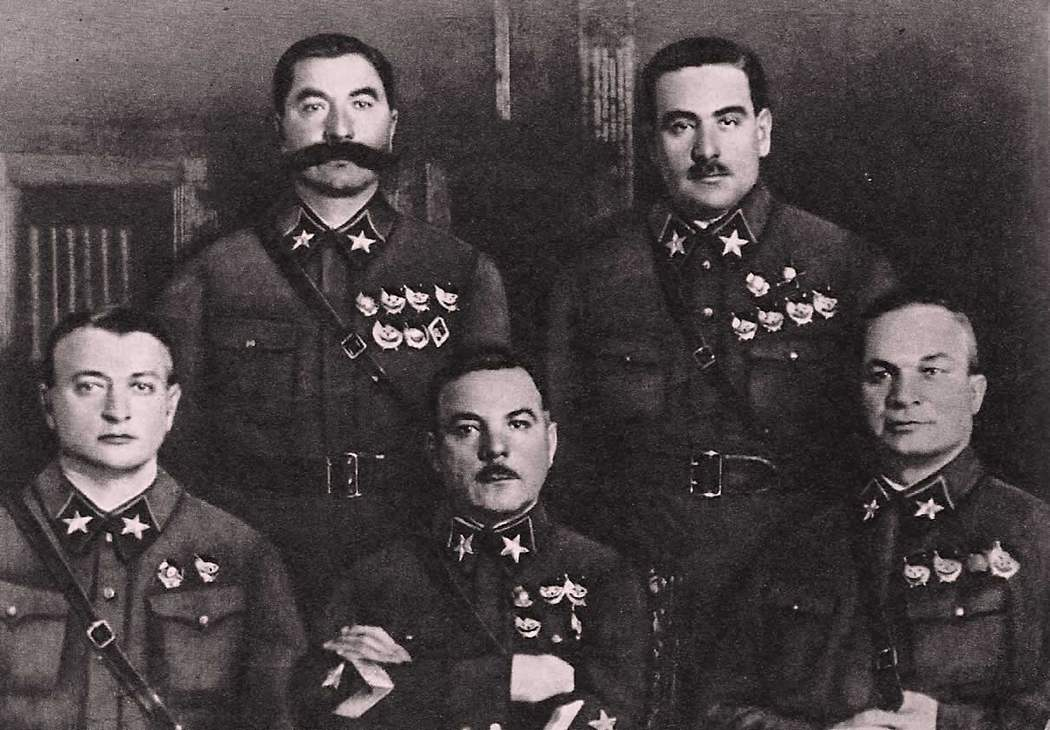 Маршал Блюхер с коллегами-офицерами