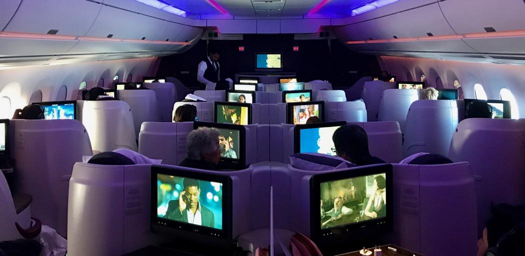 Самолет Qatar Airways интерьер