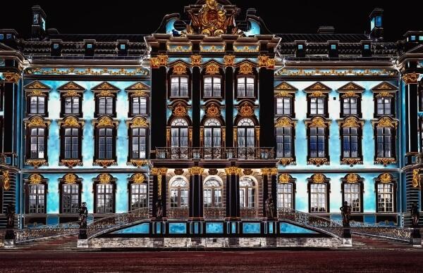 Минкультуры сообщило о лидерах по посещаемости среди театров и музеев