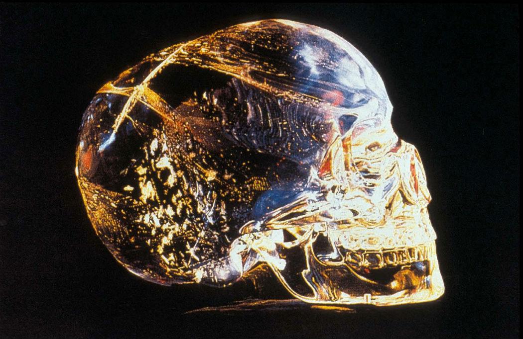 Загадочный череп из хрусталя
