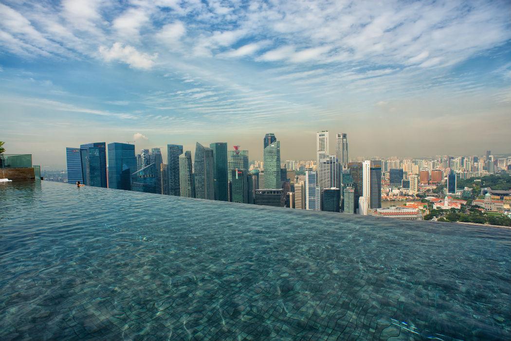 Самый высокий бассейн в мире