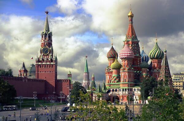 Установлен единый тариф на российскую визу
