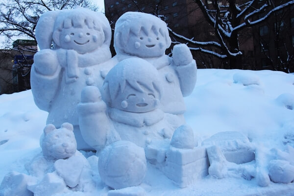 Япония ждет туристов на традиционный снежный фестиваль