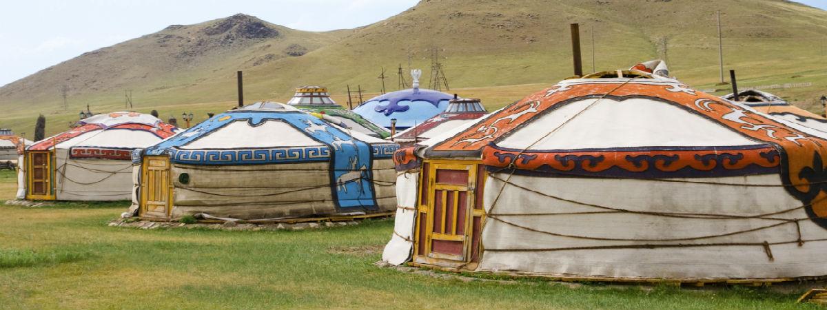 Традиционные юрты монголов