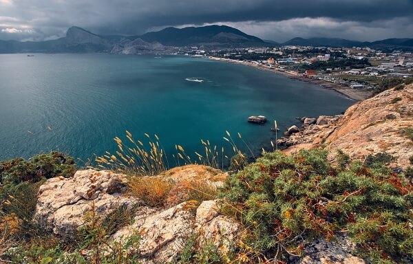 Крымские отели сниязят цены
