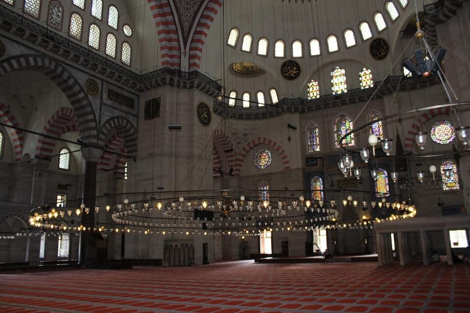 Мечеть Сулеймание изнутри