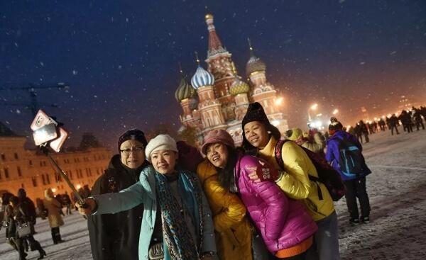 Оглашен список самых популярных наций, которые посетили Россию