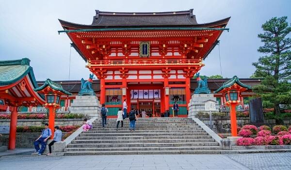 Япония планирует отменить оформление виз для россиян