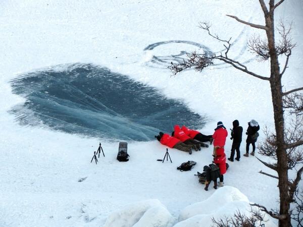 Прогулки по Байкальскому льду запрещены МЧС