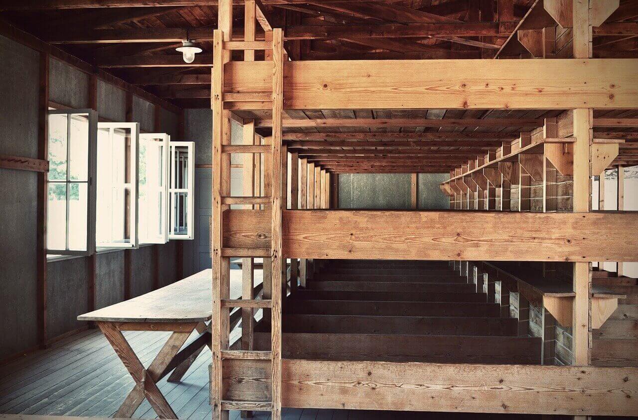 Спальные места в концентрационном лагере Дахау