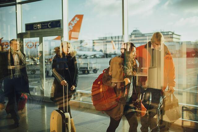 Хотят ввести запрет на рассаживание членов семьи на борту самолетов