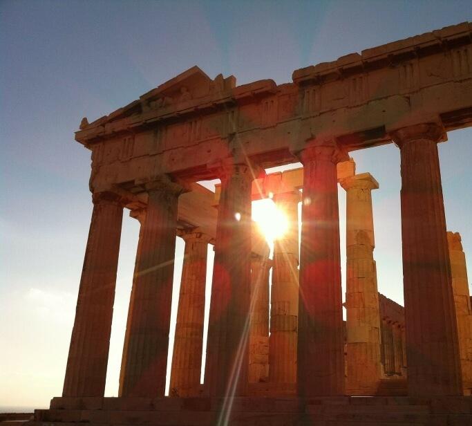 Храм Парфенон на закате