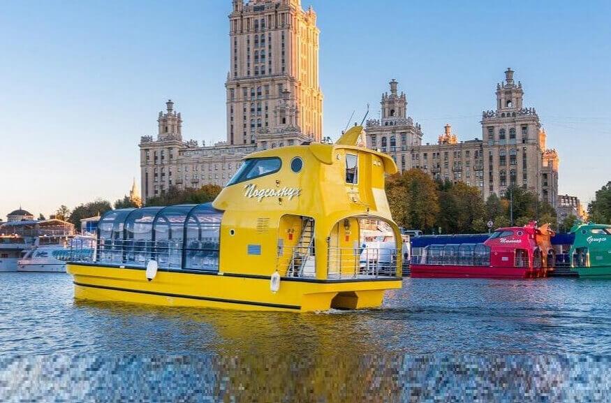 По Москве-реке теперь ходят цветочные трамвайчики