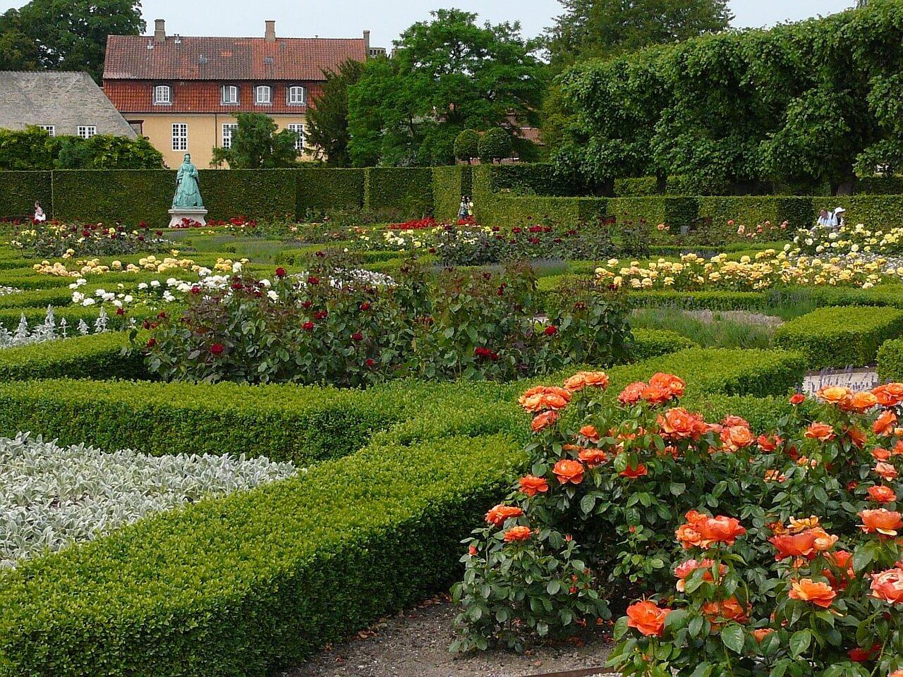 Сад в замке Розенборг