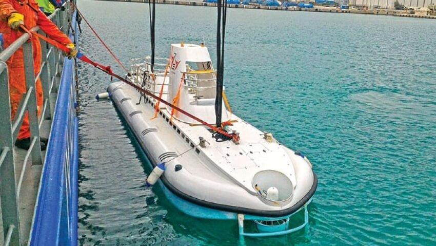 В Анталии появилась туристическая подводная лодка
