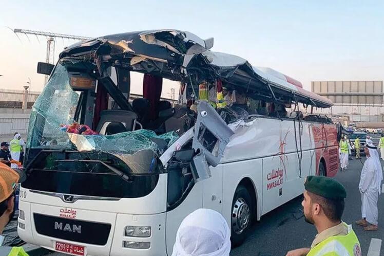 Авария с автобусом в Дубае унесла множество жизней