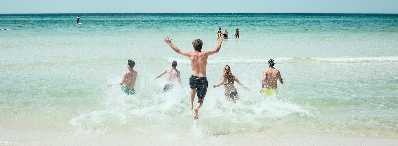 Как за границей узнают русского туриста