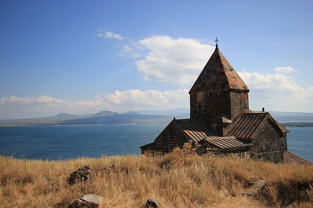 От закрытия Грузии выиграли Армения и Азербайджан