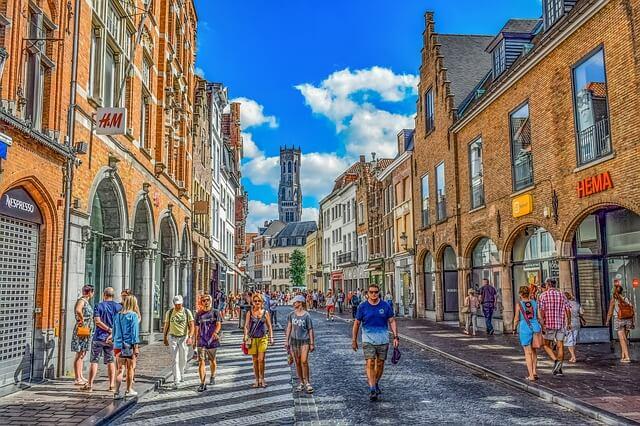 Овертуризм добрался до бельгийского города Брюгге