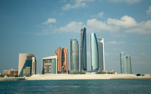Россияне активно бронируют отдых в Абу-Даби, несмотря на жару