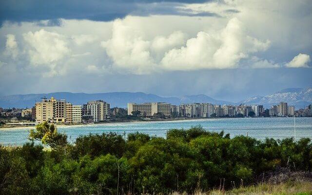 Северный Кипр планирует открыть для туристов город-призрак
