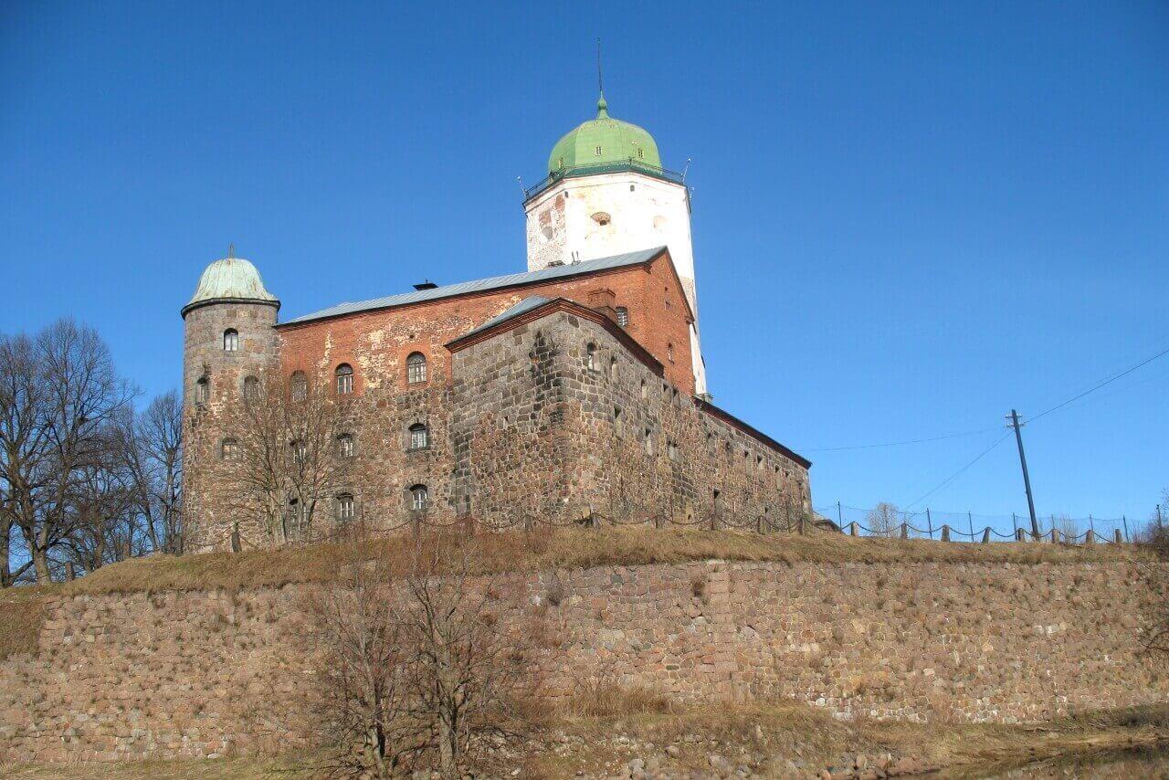 Вид на Выборгский замок