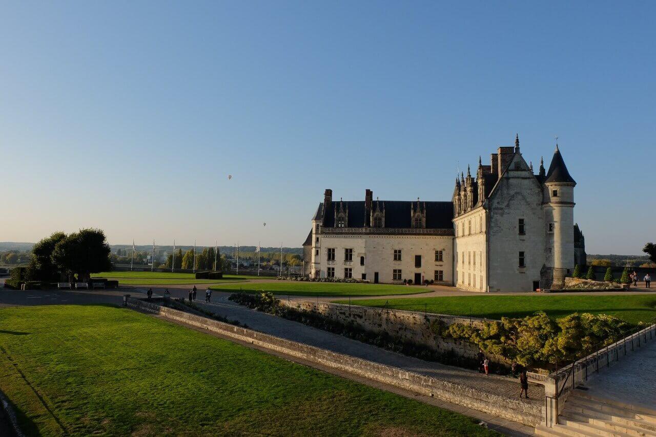 Вид на замок Амбуаз.