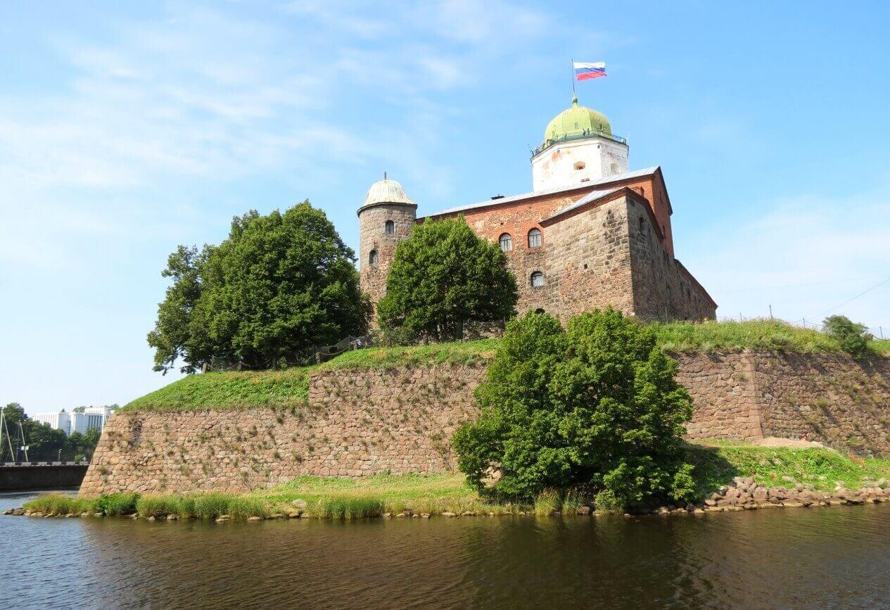 Выборгский замок в Выборге