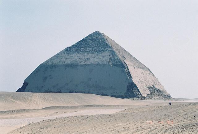 Египет открывает новую пирамиду в Дахшуре