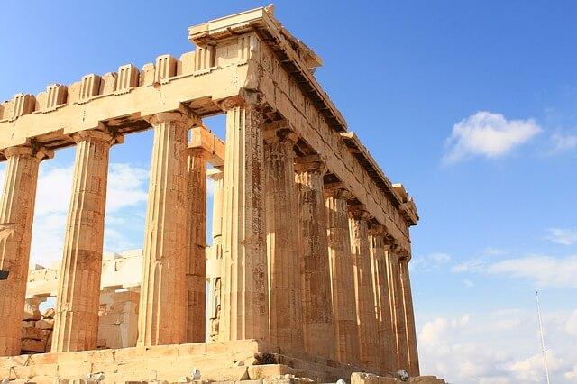 Греческий Акрополь меняет режим работы