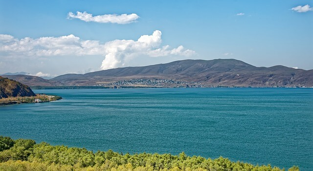 Культовая достопримечательность Армении под угрозой