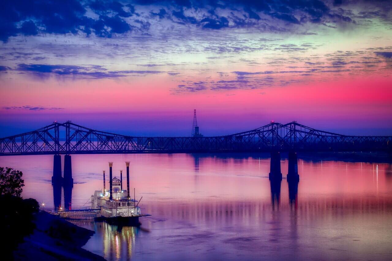 Река Миссисипи в США