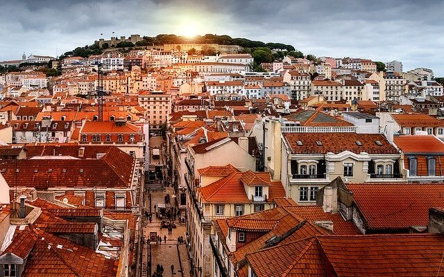 Экология Лиссабона под угрозой из-за туристов