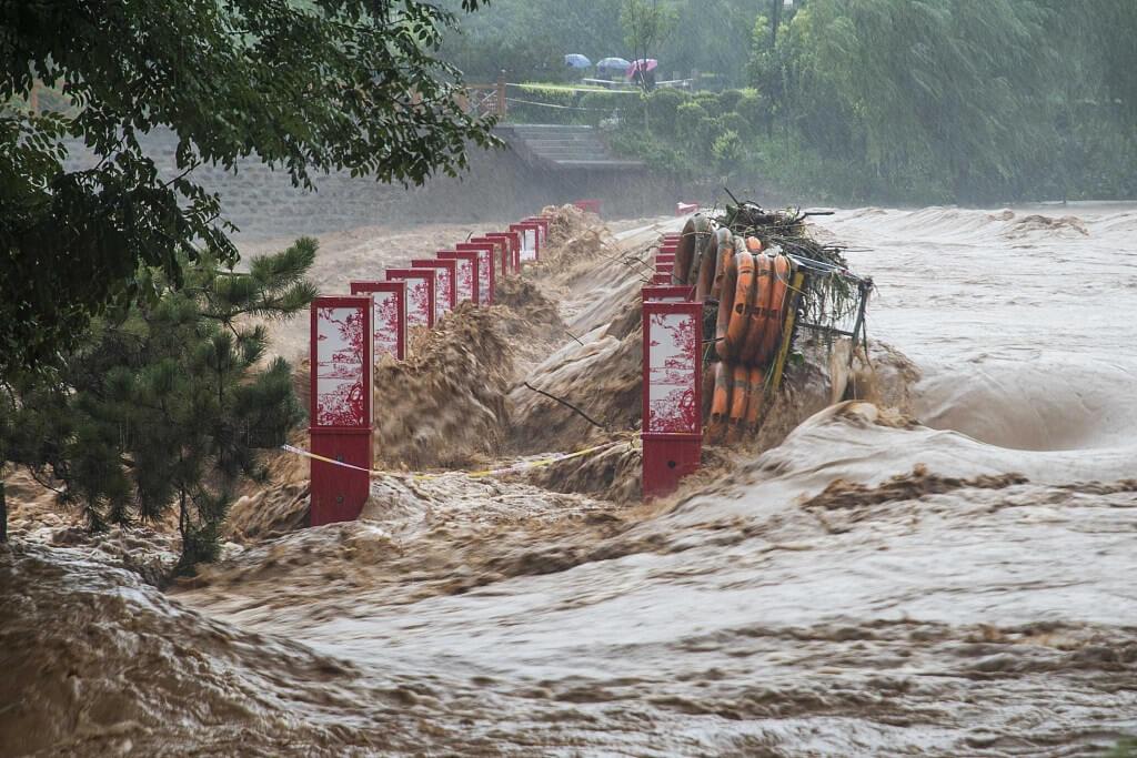 Мощный тайфун в Китае
