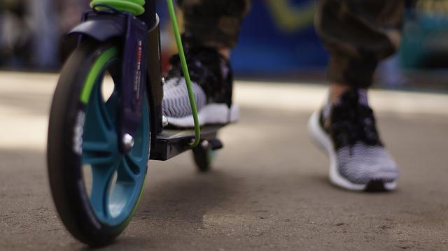 В Милане езда на электросамокатах под запретом