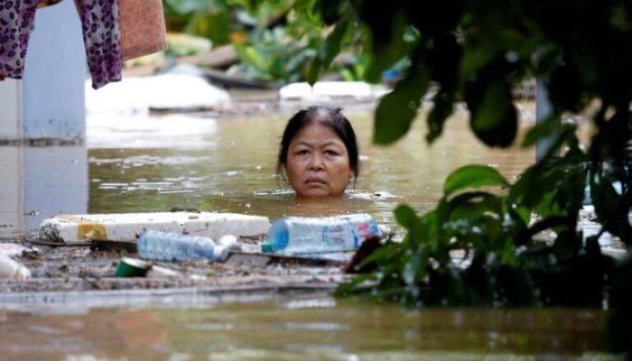 Во Вьетнаме сложности с транспортом из-за дождей и наводнений