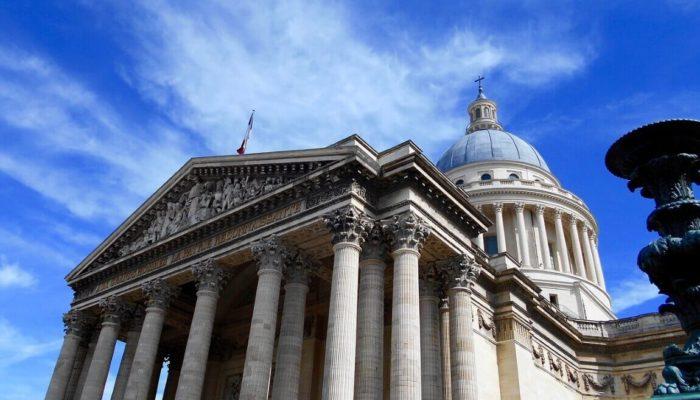 Пантеон в Париже — от собора до усыпальницы