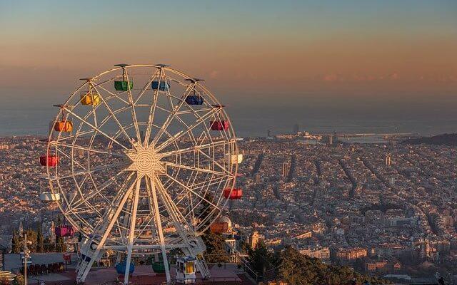 Власти Барселоны подумывают об увеличении налогов с туристов