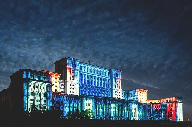 Бухарест поднимает туристический налог